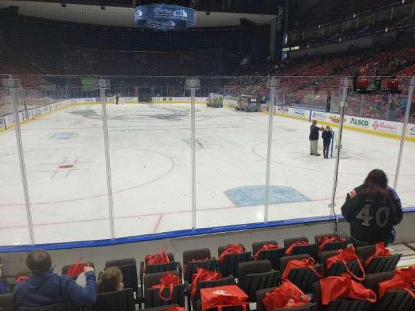 VyStar Veterans Memorial Arena, vak: 108, rij: F