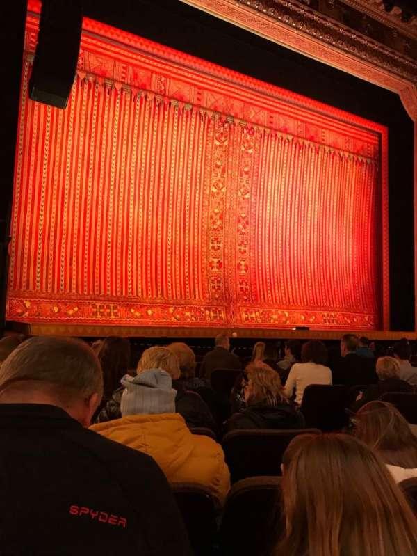 Hippodrome Theatre, vak: Left Orchestra, rij: L, stoel: 7