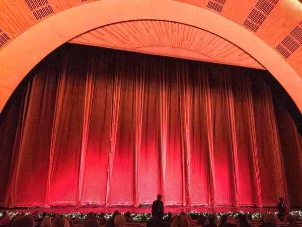 Radio City Music Hall, vak: Orchestra 5, rij: PO, stoel: 504