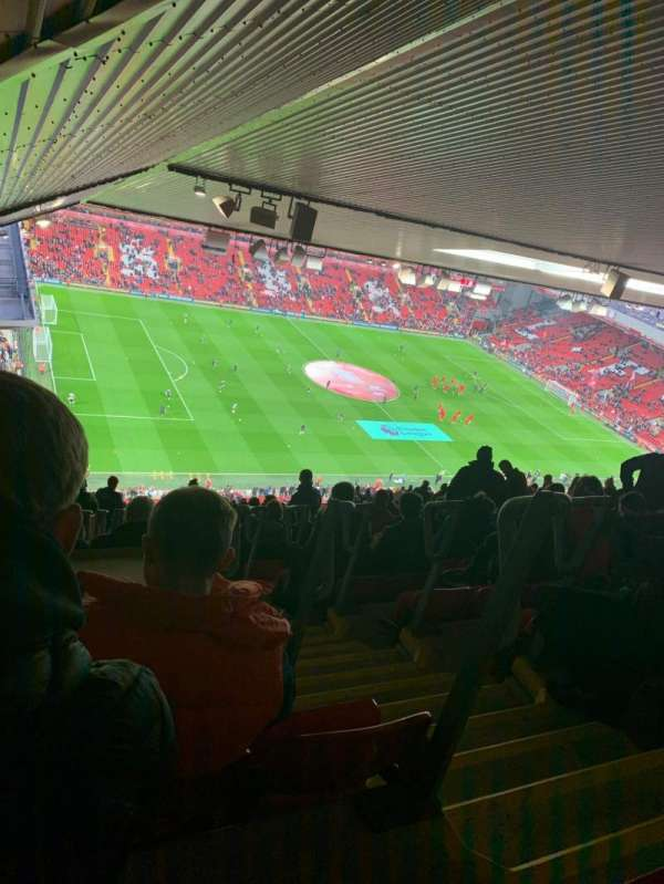 Anfield, vak: U1, rij: 87, stoel: 23