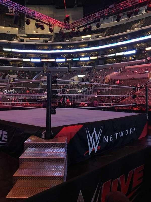 Staples Center, vak: F7, rij: 2, stoel: 8