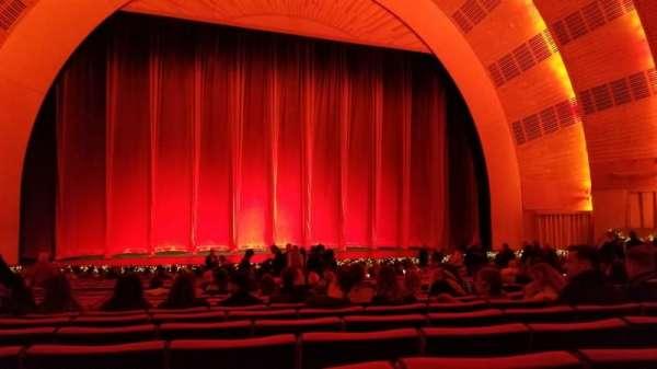 Radio City Music Hall, vak: Orchestra 5, rij: ZZ, stoel: 508