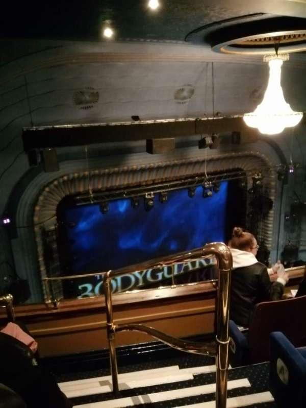Alex Theatre, vak: Grand circle, rij: C, stoel: 35