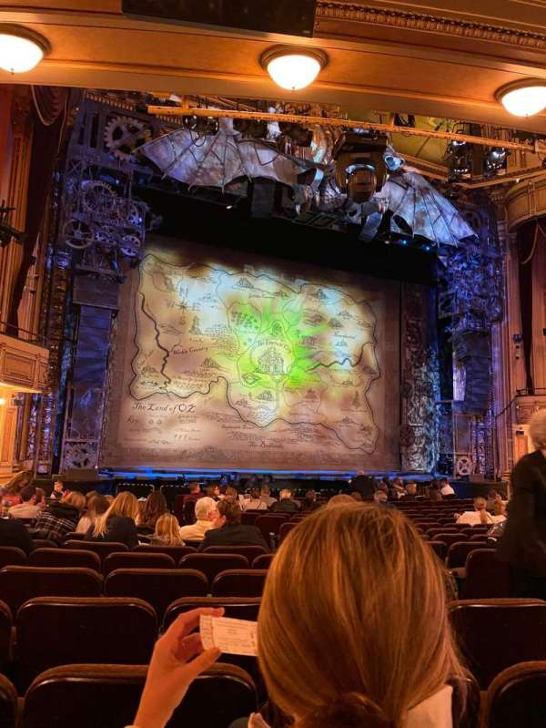 Hippodrome Theatre, vak: Left Orchestra, rij: R, stoel: 9