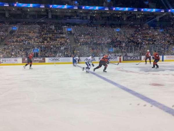 Scotiabank Arena, vak: 120, rij: 1, stoel: 2