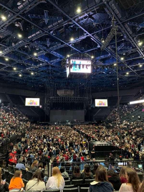 AccorHotels Arena, vak: U, rij: 15, stoel: 20
