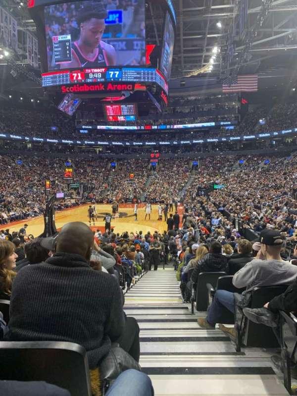Scotiabank Arena, vak: 102, rij: 11, stoel: 1