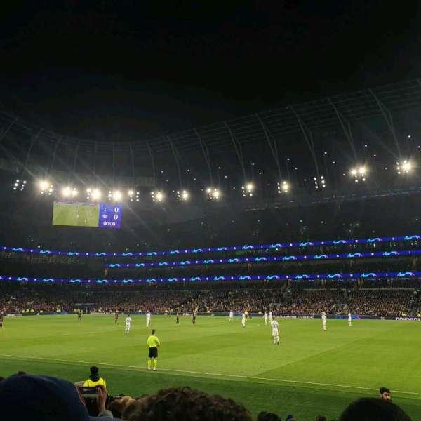Tottenham Hotspur Stadium, vak: 102, rij: 11, stoel: 41