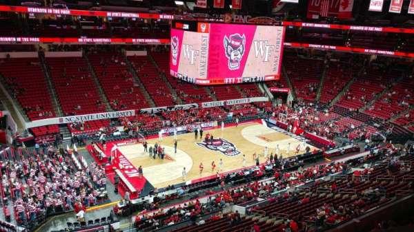 PNC Arena, vak: 306, rij: A, stoel: 23
