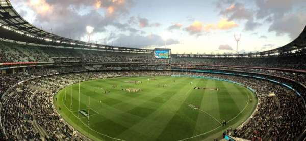 Melbourne Cricket Ground, vak: Q29, rij: A, stoel: 5