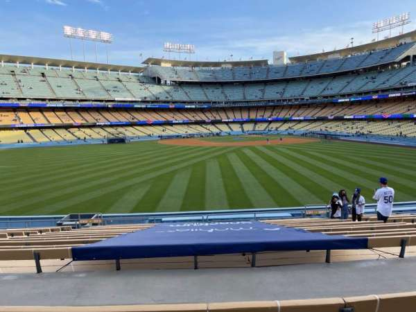 Dodger Stadium, vak: 311PL, rij: P, stoel: 7