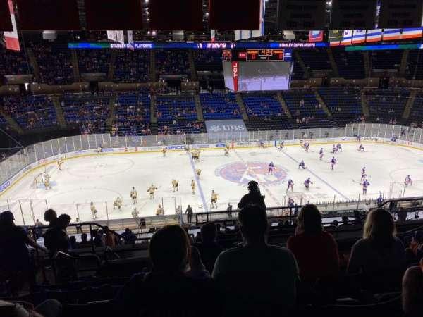 Nassau Veterans Memorial Coliseum, vak: 224, rij: 9, stoel: 13