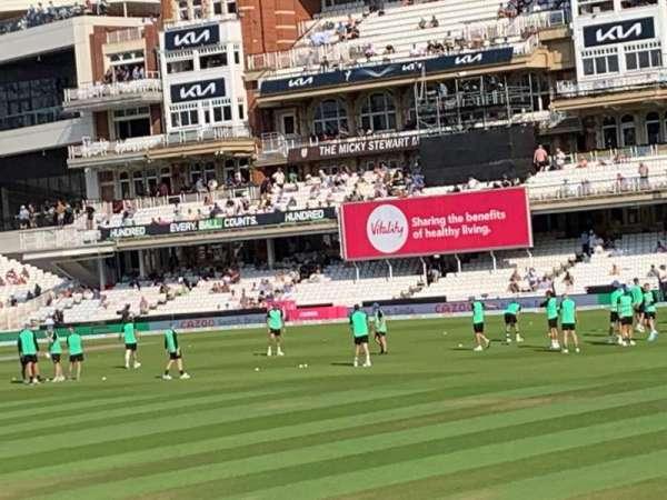 Kia Oval, vak: JM Finn Stand 6, rij: 16, stoel: 163
