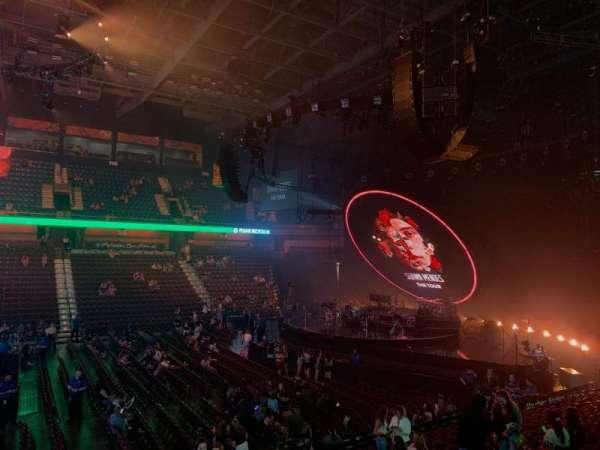 Mohegan Sun Arena, vak: 16, rij: Q, stoel: 7