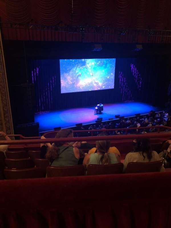 Chicago Theatre, vak: Balcony2L, rij: A, stoel: 209