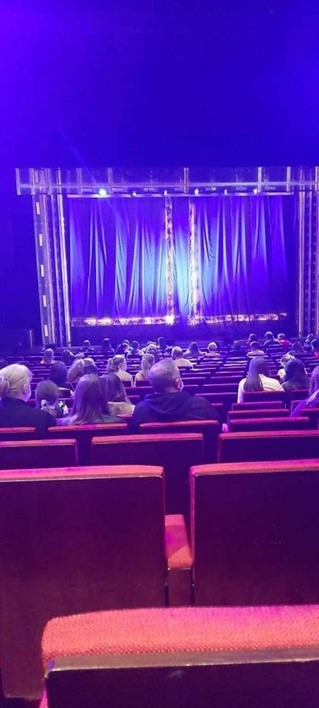 Bord Gáis Energy Theatre, vak: Stalls, rij: T, stoel: 20