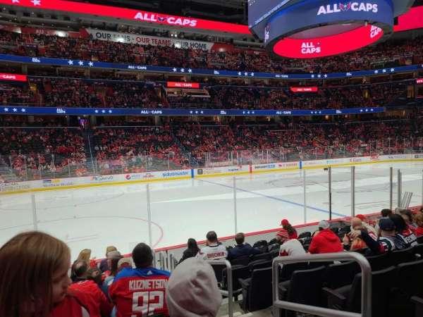 Capital One Arena, vak: 120, rij: K, stoel: 15