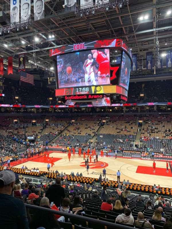 Scotiabank Arena, vak: 103, rij: 26, stoel: 14