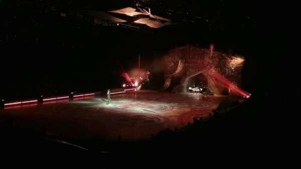 Greensboro Coliseum, vak: 120, rij: NN, stoel: 11