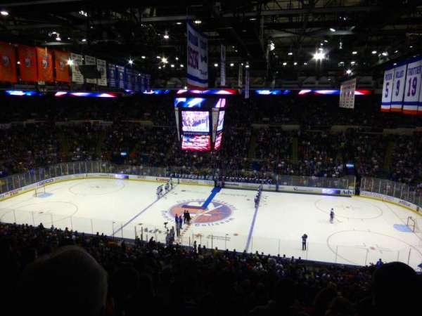 Old Nassau Veterans Memorial Coliseum, vak: 302, rij: J, stoel: 5