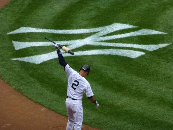 Yankee Stadium, vak: 216, rij: 4, stoel: 2