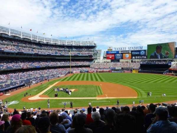 Yankee Stadium, vak: 216, rij: 14, stoel: 8