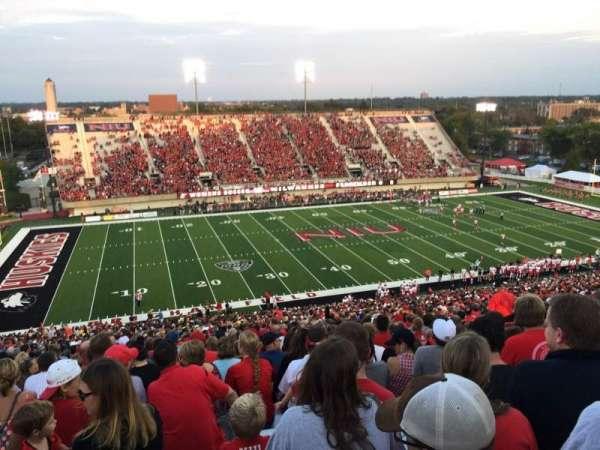 Huskie Stadium, vak: F, rij: 69, stoel: 14