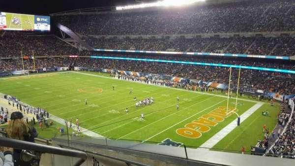 Soldier Field, vak: 302, rij: 5, stoel: 3