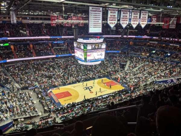 Capital One Arena, vak: 431, rij: M, stoel: 21