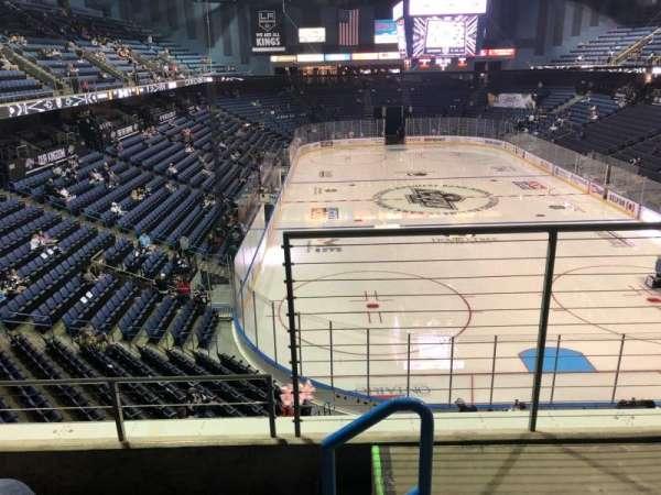 Citizens Business Bank Arena, vak: 211, rij: C, stoel: 1