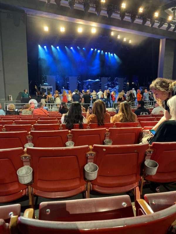The Greek Theatre, vak: A LEFT, rij: M, stoel: 17
