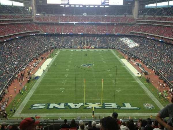 NRG Stadium, vak: 547, rij: M, stoel: 20