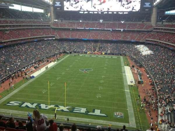 NRG Stadium, vak: 546, rij: M, stoel: 4