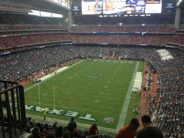 NRG Stadium, vak: 544, rij: M, stoel: 22
