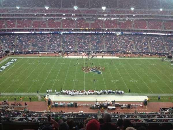NRG Stadium, vak: 534, rij: M, stoel: 23
