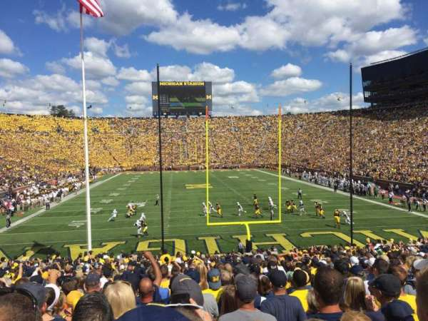 Michigan Stadium, vak: 12, rij: 34, stoel: 1
