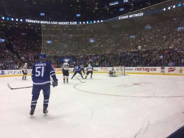 Scotiabank Arena, vak: 107, rij: 1, stoel: 18