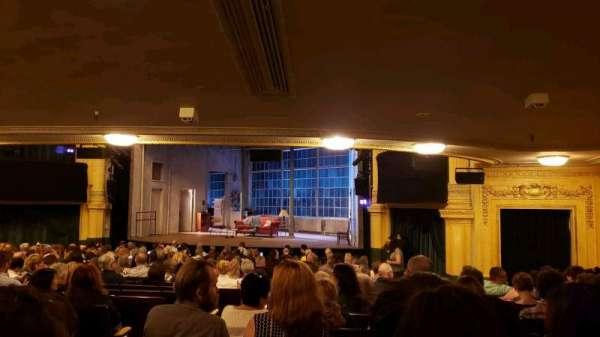 Hudson Theatre, vak: Orchestra R, rij: U, stoel: 2