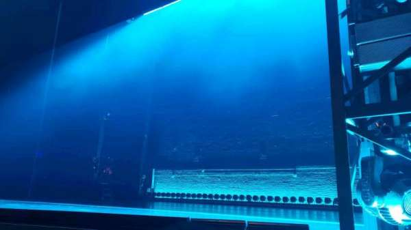 Broadhurst Theatre, vak: Orchestra R, rij: B, stoel: 8
