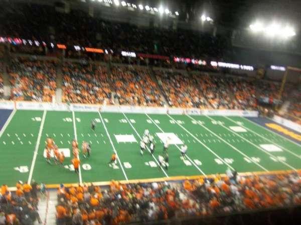 Spokane Arena, vak: 202, rij: L, stoel: 18