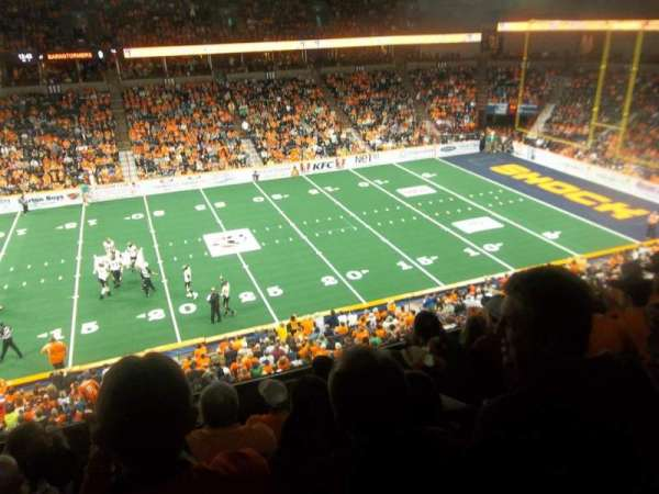 Spokane Arena, vak: 203, rij: K, stoel: 11