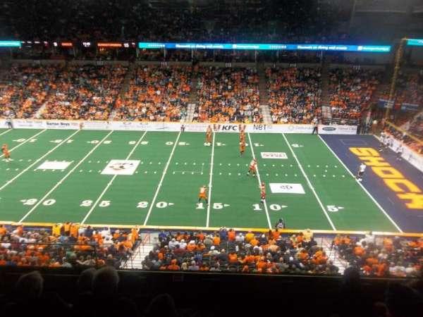 Spokane Arena, vak: 205, rij: K, stoel: 19
