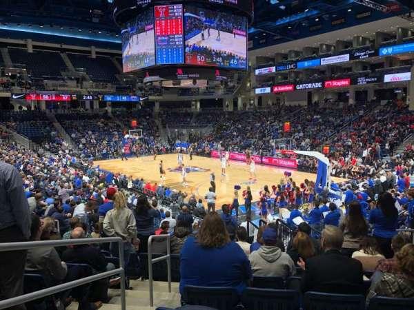 Wintrust Arena, vak: 120, rij: M, stoel: 12