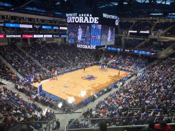 Wintrust Arena, vak: 229, rij: F, stoel: 13