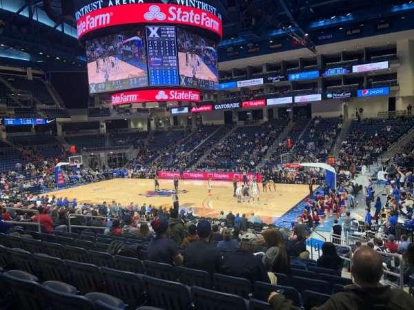 Wintrust Arena, vak: 122, rij: P, stoel: 3