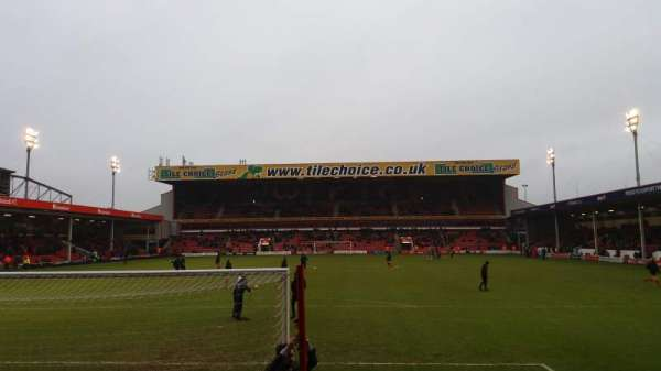 Bescot Stadium, vak: Away End