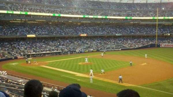 Yankee Stadium, vak: 213, rij: 6, stoel: 5