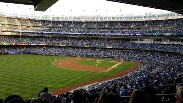 Yankee Stadium, vak: 232A, rij: 21, stoel: 9