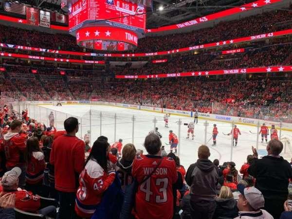 Capital One Arena, vak: 114, rij: M, stoel: 12