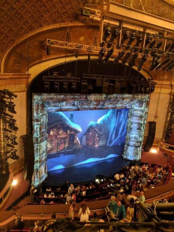St. James Theatre, vak: BALCL, rij: A, stoel: 23